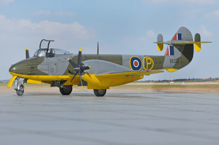2a-bn-ac-tamiya-gloster-meteor-mk-i-trent-conversion-1-48