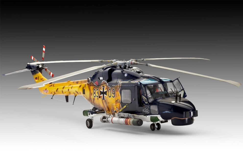 toy helicopter price with Hnaircraf Its Revell Westlandsealynxmk88a on 32372603125 in addition Superyacht Owned Billionaire Fulham FC Chairman Makes Way London Rent 940 000 Week likewise 32391931324 likewise  additionally Three Raf Chinook Helicopters Join 9162780.