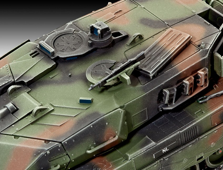Revell Leopard 2a5 A5nl 1 72 Scale Modelling Now The most significant change to the hull of the leopard 2 a5 is the new driver's hatch. revell leopard 2a5 a5nl 1 72 scale