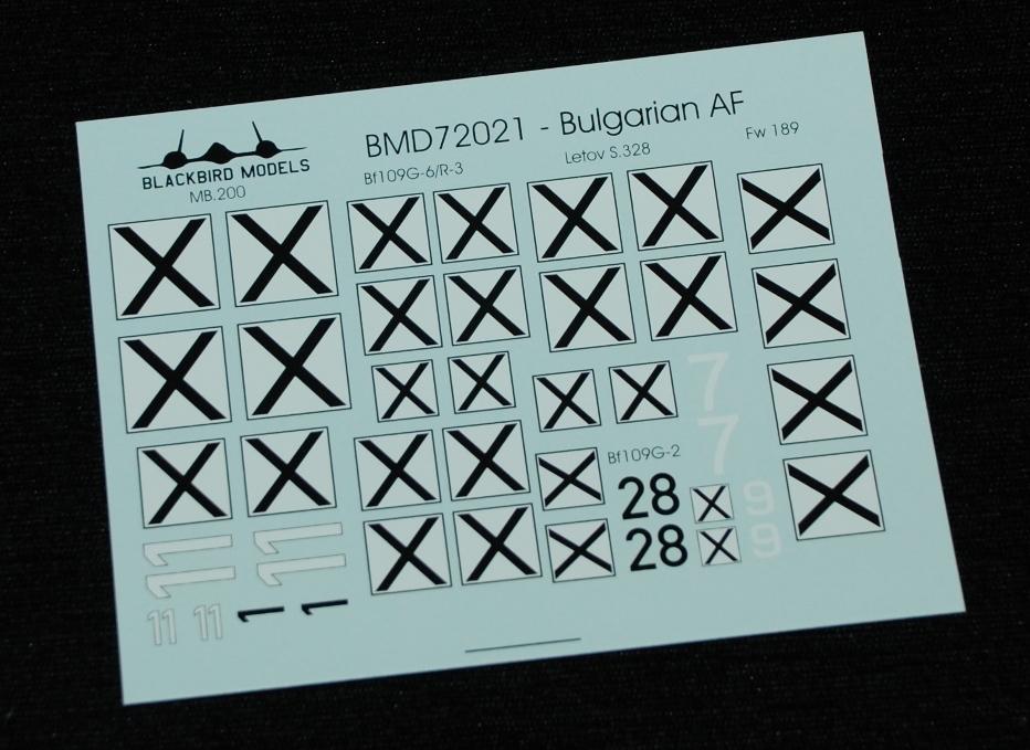 4 HN Ac Decals Blackbird Models Bulgarian AF 1.72