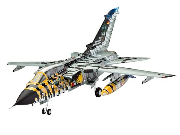 26 HN Ac Revell Tornado ECR Tiger Meet 1.72