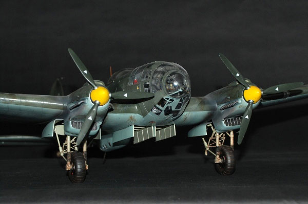 43-HN-Ac-Revell-Heinkel-He111-H6,-1.32