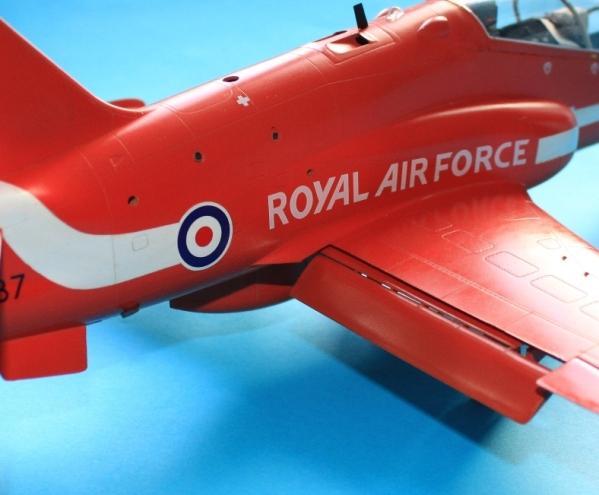 32 HN Ac Revell BAe Hawk T1A, 1.32