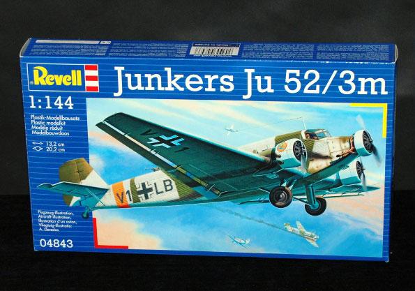 1-HN-Ac-Revell-Junkers-Ju-52-3m-1