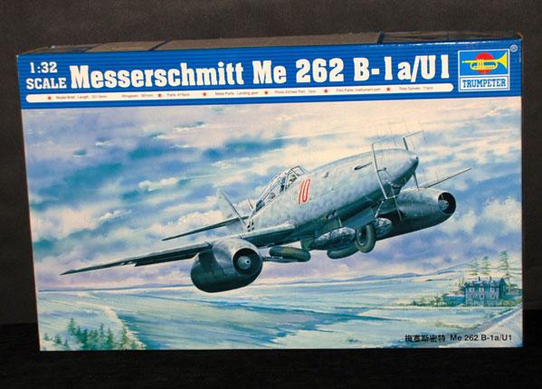 1-HN-Ac-Trumpeter-Messerschmitt-Me-262B1aU1-1