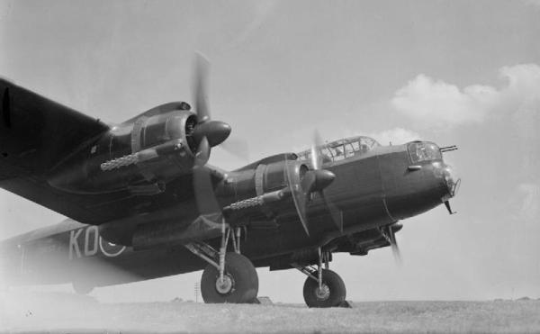 1a HN Ac Airfix Avro Lancaster BII 1.72