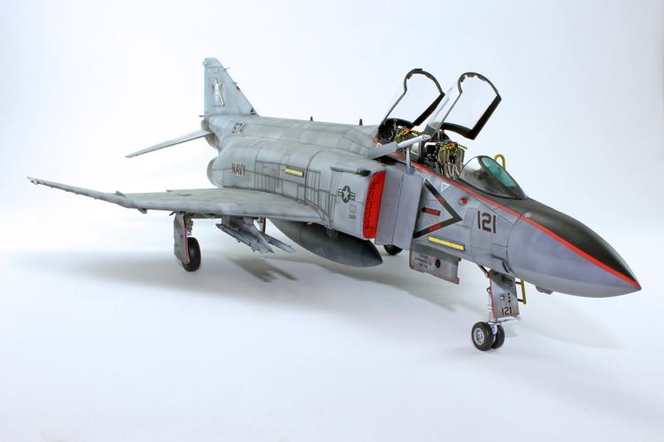 Zoukei-Mura F-4S Phantom II 1:48