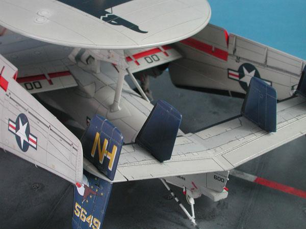 0b-BN-Ac-Hasegawa-E2C-Hawkeye-2000--1.72-Pt1