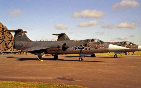 3 HN Ac Italeri F-104GS Starfighter  1.32