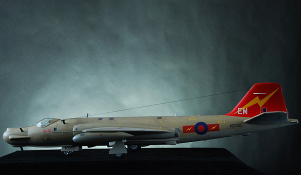 2. Classic Airframes EE Canberra T.17, 1.48 Gareth J