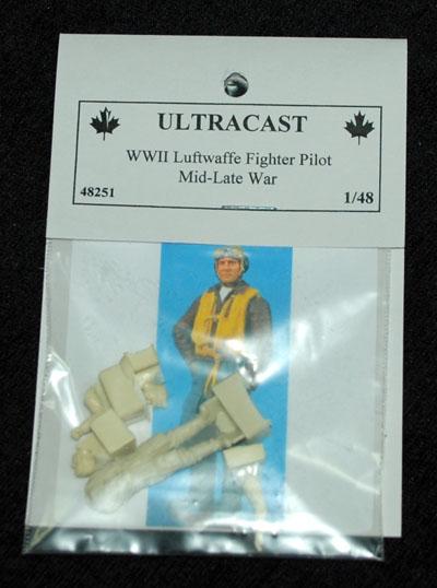 1 HN Ac Resin Ultracast Luftwaffe Fighter Pilot 48251 1.48