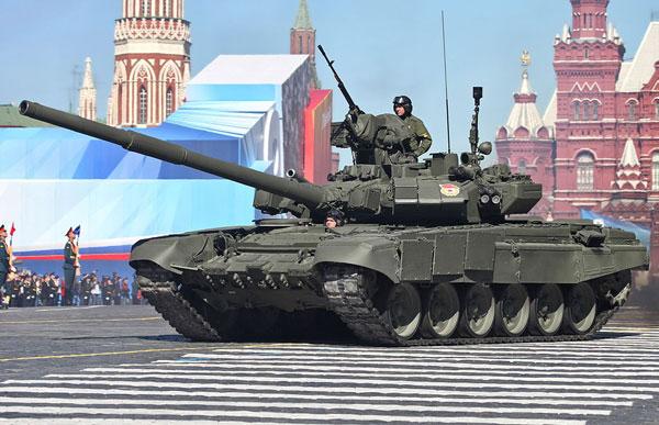 1d-HN-Ar-Revell-Russian-Battle-Tank-T90A-1.72