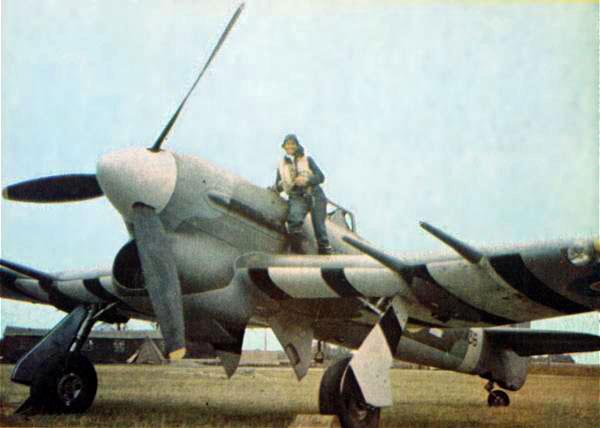 2-HN-Ac-Airfix-Hawker-Typhoon-MkIb-1.24