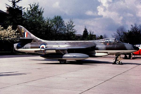 FGA-9 Hawker Hunter, XJ635 'G' 1970