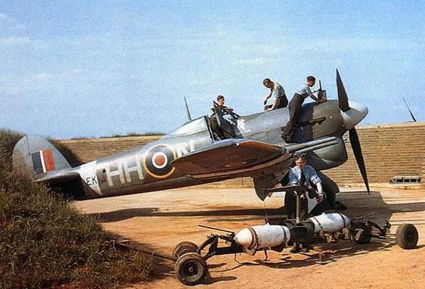 3-HN-Ac-Airfix-Hawker-Typhoon-MkIb-1.24