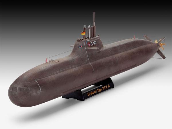 2-HN-Ma-Revell-German-Submarine-Class-212A-1.144