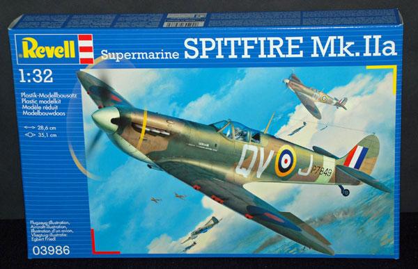 1-HN-Ac-Revell-Supermarine-Spitfire-MkIIa-1.32