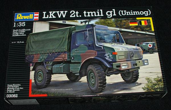 1 HN Ar Revell LKW2t tmil gl Unimog 1.35