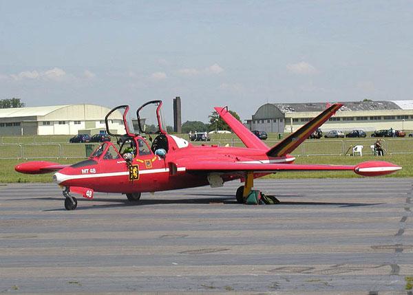 2-HN-Ac-Airfix-Fouger-CM170-Magister-1.72