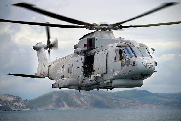 2a-HN-Ac-Revell-EH-101-Merlin-HMA1-1.72