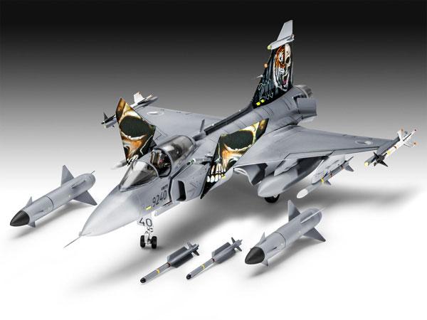 4-HN-Ac-Revell-Saab-JAS-39C-Gripen,-1.72