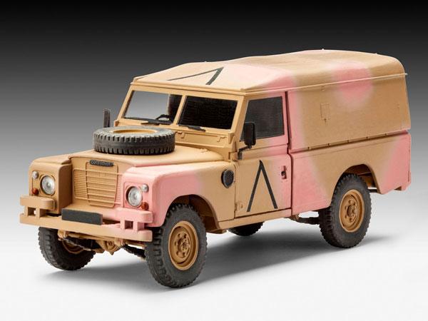 2-HN-Ar-Revell-British-4X4-Land-Rover-Series-III-109-LWB-1.35