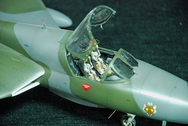 2b BN Ac Revell Hawker Hunter Fisher T7 Conversion 1.32