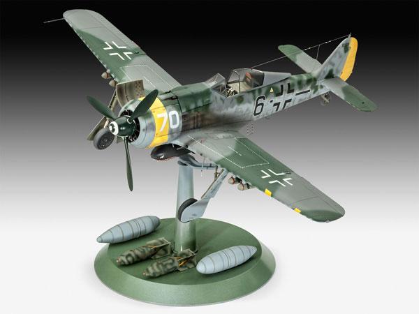 1b-HN-Ac-Revell-Focke-Wulf-Fw190F8-1.32