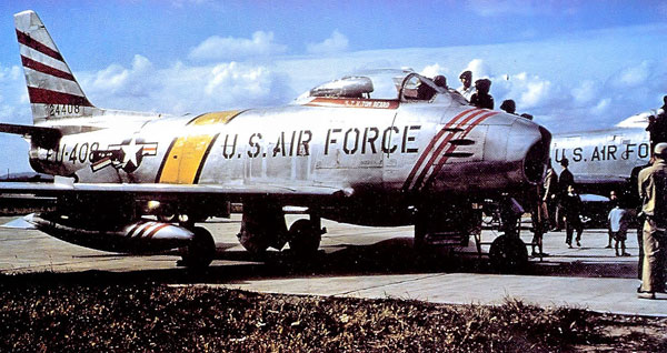 36th Fighter-Bomber Squadron North American F-86F-30-NA Sabre 52-4408 Itazuke Air Base, Japan. 1954