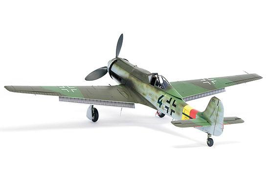12-HN-Ac-Zoukeimura-FockeWulf-Ta152H0-1.32