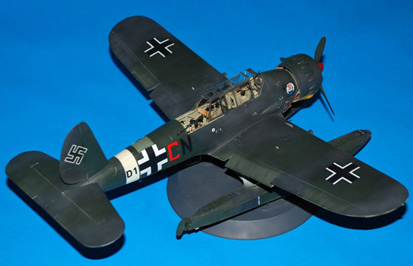 2-HN-Ac-Revell-Arado-Ar-196B-1.32