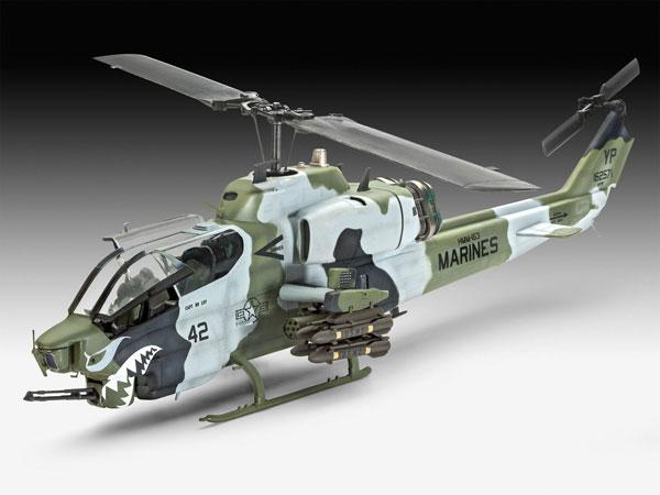 3-HN-Ac-Revell-Bell-AH1W-Super-Cobra-1.48