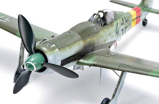 8-HN-Ac-Zoukeimura-FockeWulf-Ta152H0-1.32