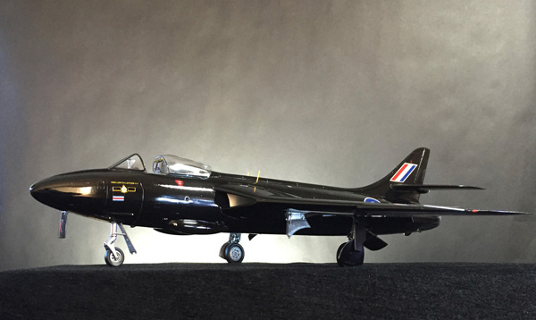 1 BN-Ac-Revell- RAF Black Arrows Hawker Hunter 1.32