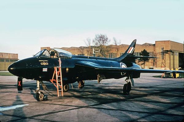 RAF-Black-Arrows-Hawker-Hunter-1