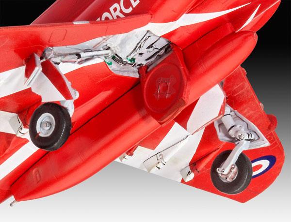 19-HN-Ac-Revell-BAe-Hawk-T1A-1.72