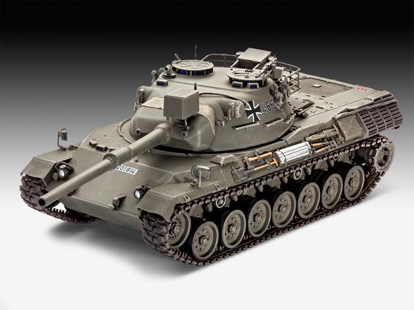 2a-HN-Ar-Revell-Leopard-1-1.35