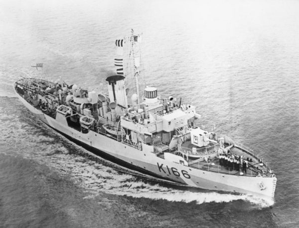 HMCS Snowberry as seen in may 1943