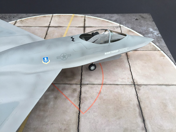 HOBBY BOSS 81722 1/48 USAF YF-23 - Passion 132
