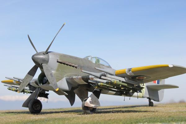 1a BN-Ac-Hasegawa-Hawker Typhoon Mk.Ib 1.48 Pt1