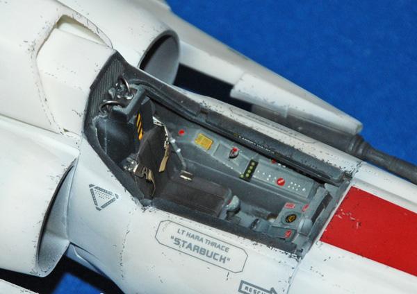 2-HN-SF-Colonial-Viper-MkII-Battlestar-Galactica-Revell,-1.32