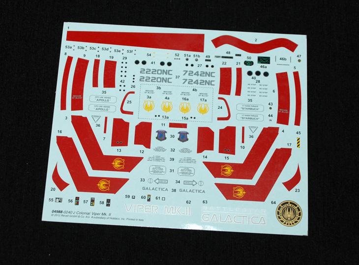 21-HN-SF-Colonial-Viper-MkII-Battlestar-Galactica-Revell,-1.32