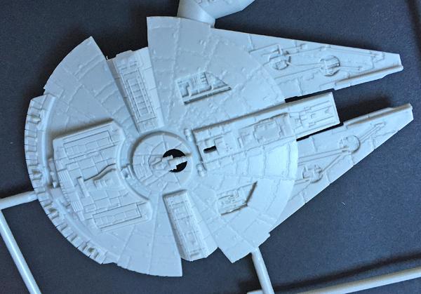 4 AC-Millenium Falcon-Star Wars-Revell- 1.241