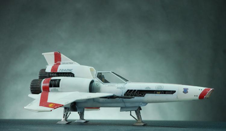 2-bn-sf-colonial-viper-mk-ii-battlestar-galactica-1-32-revell