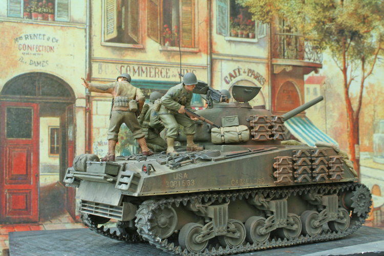 Converting the Sherman Tank 1:35 - build review - Scale