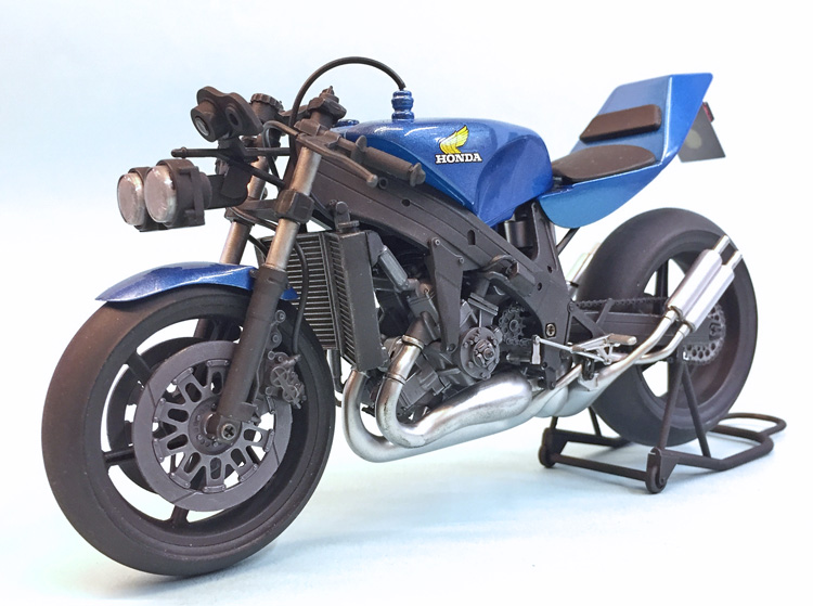 Revell 32 Ford Kit No besides Italeri 1 72 6121 German Motorcycles Wwii Plastic Model Kit P12818 besides German Motorcycle BMW R 12 With Sidecar also Vehicles Tamiya Honda Nsr500 Street Racer Build Review further . on revell 1 9 motorcycle