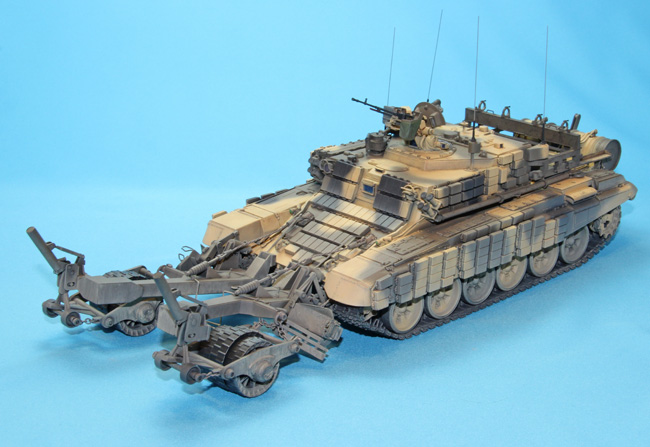 Meng Model SS-011 1//35 Russian BMR-3M Armored Mine Clearing Vehicle