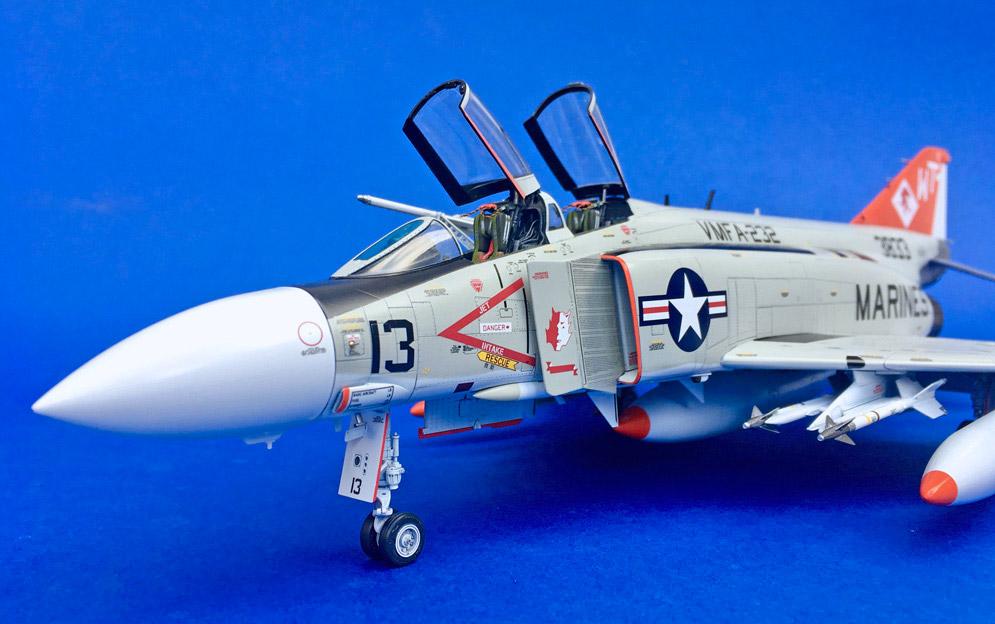 Zoukei Mura F-4J Phantom II Marines 1:48