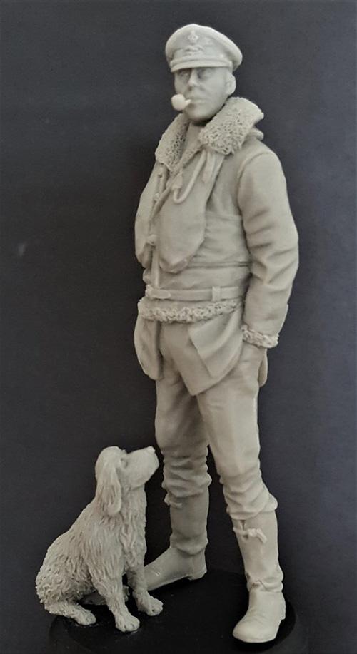 elan13 Miniatures RAF WW2 Pilot with dog - Scale Modelling Now