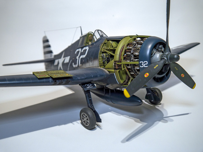 Airfix Grumman F6F-5 Hellcat 1:24